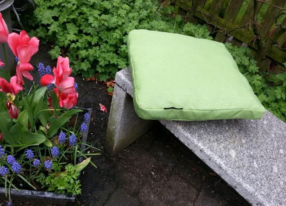 sonnen-sicht-schutz-hasbergen-hoffties-wetterfeste-outdoorkissen-sitzkissen-garten_4
