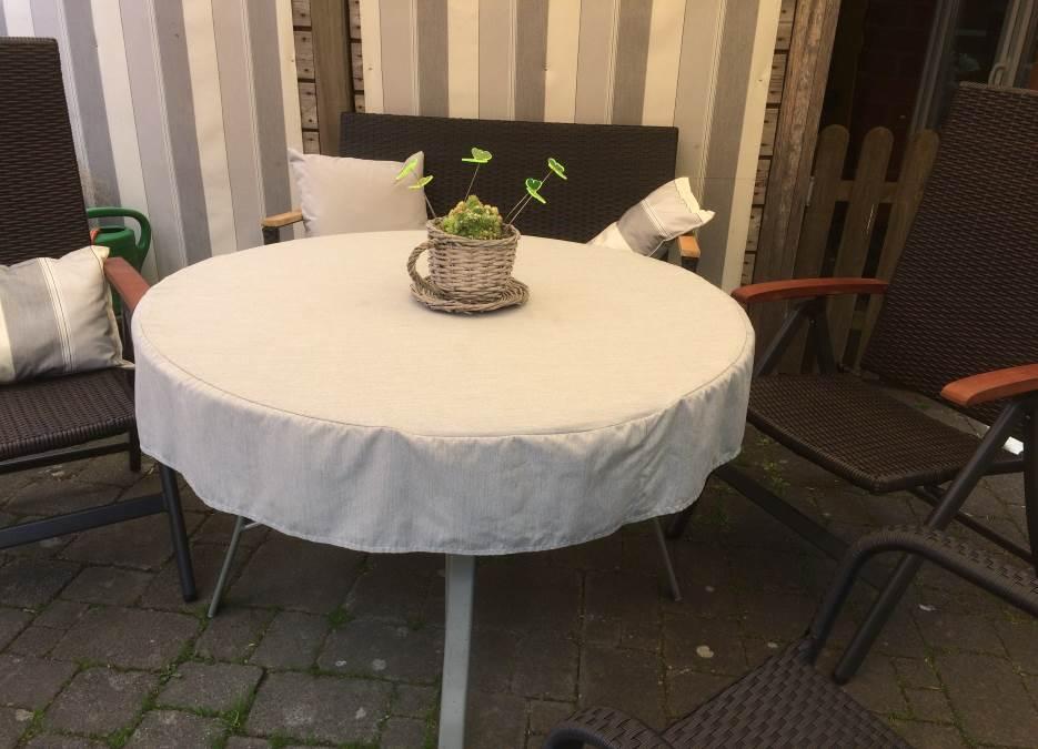 Raumausstatter für Sonnenschutz und Sichtschutz in Hasbergen - Outdoor-Kissen für den Garten - Hundekissen und Unterlagen - ganzjährig, wetterfest